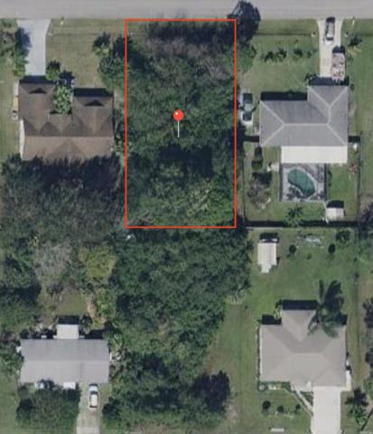 684 NW Riverside Drive NW, Port Saint Lucie, FL 34983 (#RX-10550485) :: Ryan Jennings Group