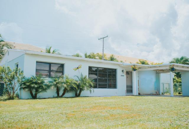 1880 Kathy Lane, North Palm Beach, FL 33408 (#RX-10551540) :: Ryan Jennings Group
