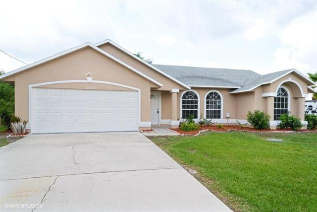 2714 SE South Blackwell Drive, Port Saint Lucie, FL 34952 (#RX-10551940) :: Ryan Jennings Group