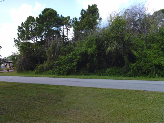 600 NW Selvitz Road, Port Saint Lucie, FL 34983 (#RX-10552156) :: Ryan Jennings Group