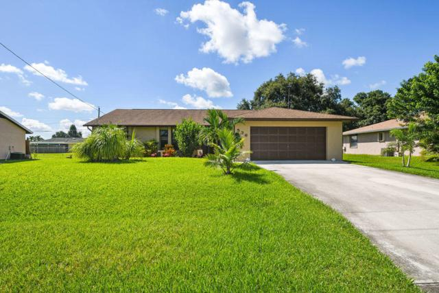 536 SE Greenway Terrace, Port Saint Lucie, FL 34983 (#RX-10553006) :: Ryan Jennings Group