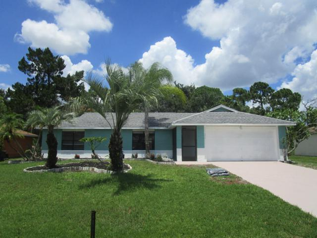 671 SW Ewing Avenue, Port Saint Lucie, FL 34983 (#RX-10553198) :: Ryan Jennings Group