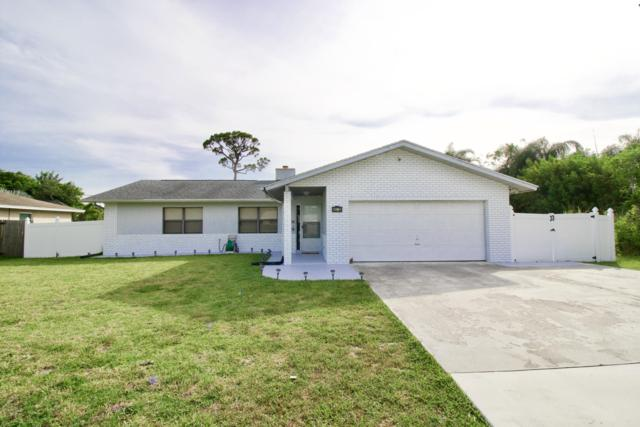 582 SE Floresta Drive, Port Saint Lucie, FL 34983 (#RX-10554275) :: Ryan Jennings Group
