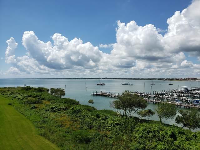 34 Harbour Isle Drive W Ph02, Fort Pierce, FL 34949 (MLS #RX-10557416) :: Berkshire Hathaway HomeServices EWM Realty