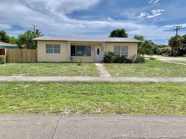 644 Evergreen Drive, Lake Park, FL 33403 (#RX-10559384) :: The Reynolds Team/Treasure Coast Sotheby's International Realty