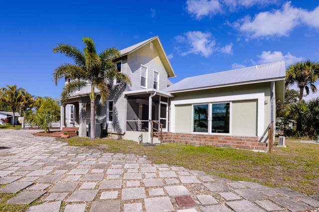109 Riverview Dr. Drive, Jensen Beach, FL 34957 (MLS #RX-10560134) :: Castelli Real Estate Services