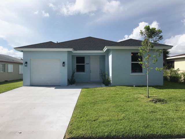 1541 W 28th Street, Riviera Beach, FL 33404 (#RX-10560867) :: Weichert, Realtors® - True Quality Service