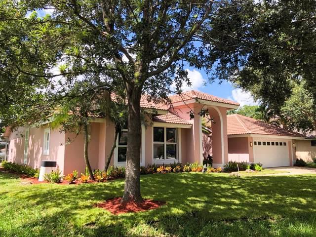 2 Old Fence Road, Palm Beach Gardens, FL 33418 (#RX-10562091) :: Dalton Wade