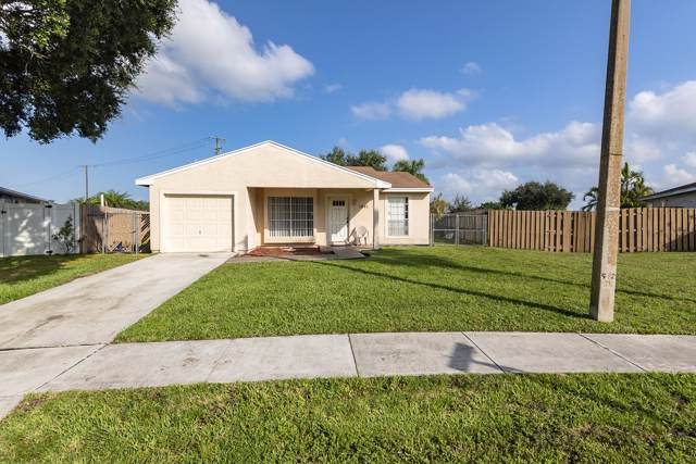 1241 Moonlight Way, Royal Palm Beach, FL 33411 (MLS #RX-10562681) :: The Paiz Group
