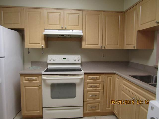 2050 Oleander Boulevard #1105, Fort Pierce, FL 34950 (#RX-10563060) :: Ryan Jennings Group