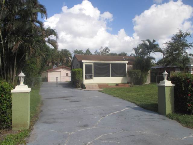 2318 Caroma Lane, West Palm Beach, FL 33415 (#RX-10563064) :: Ryan Jennings Group
