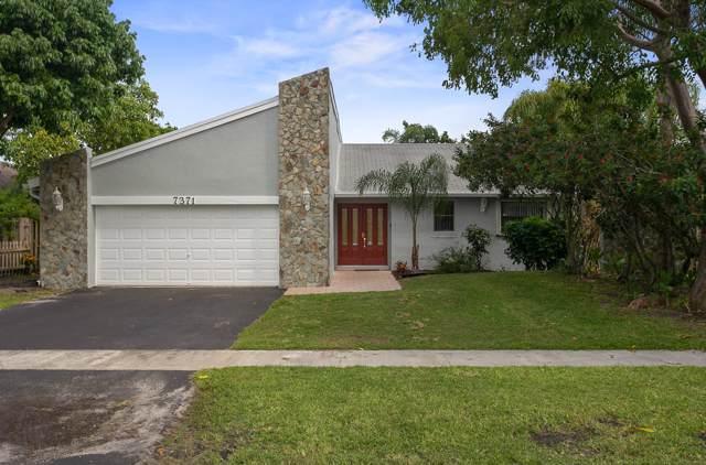 7371 NW 35th Street, Lauderhill, FL 33319 (MLS #RX-10564294) :: Castelli Real Estate Services