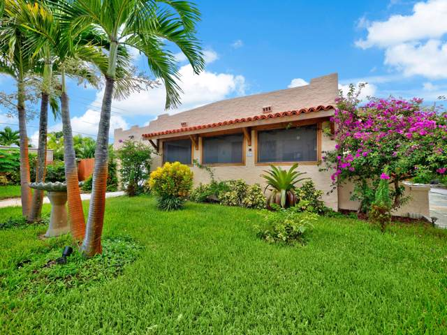 423 Oxford Street, West Palm Beach, FL 33405 (#RX-10564825) :: Posh Properties