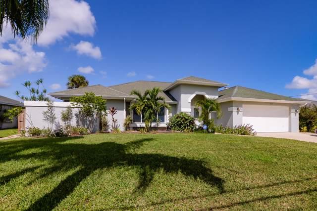 933 SW Abingdon Avenue, Port Saint Lucie, FL 34953 (#RX-10567499) :: Ryan Jennings Group