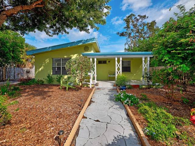 1722 N M Street, Lake Worth Beach, FL 33460 (MLS #RX-10568527) :: Laurie Finkelstein Reader Team