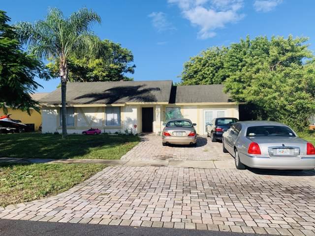 5081 El Claro E, West Palm Beach, FL 33415 (#RX-10569781) :: Ryan Jennings Group
