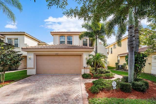 8757 Sandy Crest Lane, Boynton Beach, FL 33473 (MLS #RX-10570300) :: Laurie Finkelstein Reader Team