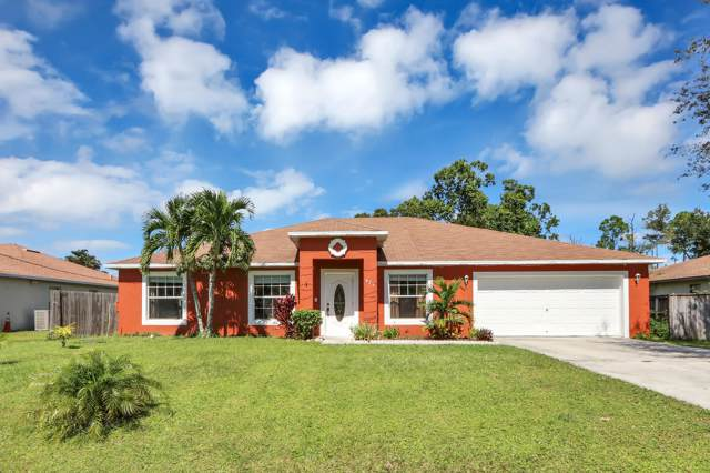 825 SE Cavern Avenue, Port Saint Lucie, FL 34983 (MLS #RX-10570446) :: Laurie Finkelstein Reader Team