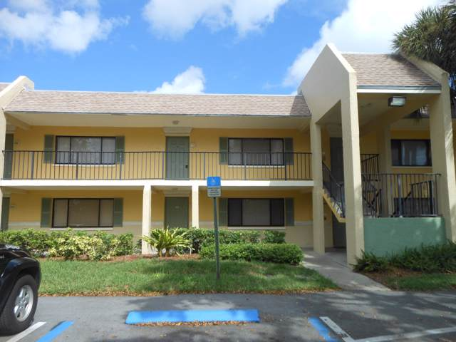 919 Meadows Circle, Boynton Beach, FL 33426 (MLS #RX-10570499) :: Laurie Finkelstein Reader Team