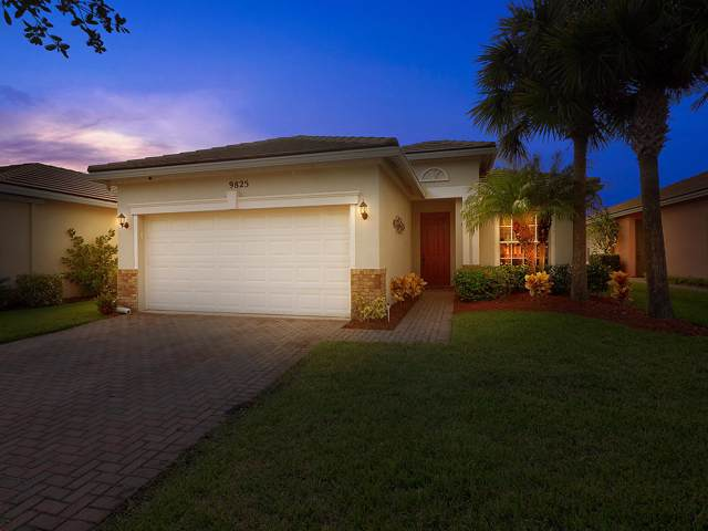 9825 SW Eastbrook Circle, Port Saint Lucie, FL 34987 (MLS #RX-10570598) :: Berkshire Hathaway HomeServices EWM Realty