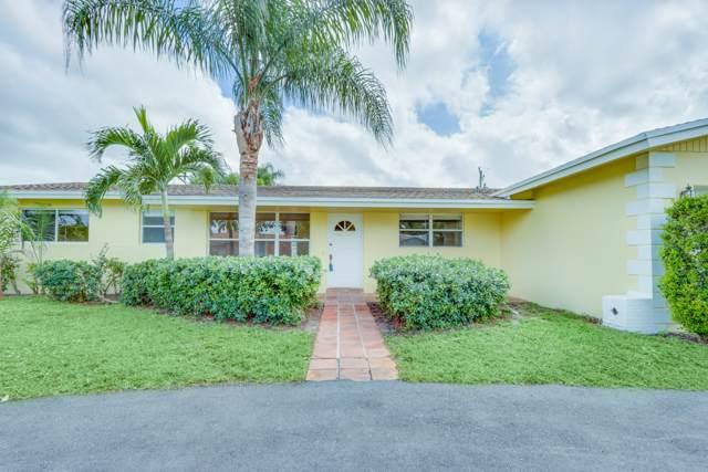 1042 SW 25th Avenue, Boynton Beach, FL 33426 (#RX-10570715) :: The Reynolds Team/Treasure Coast Sotheby's International Realty