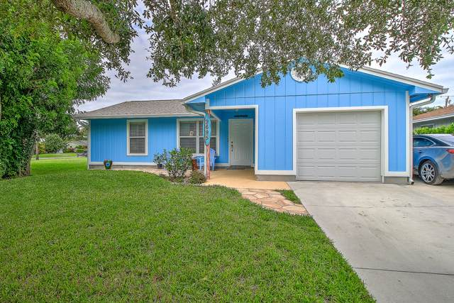 3695 SE Middle Street, Stuart, FL 34997 (MLS #RX-10570738) :: The Nolan Group of RE/MAX Associated Realty