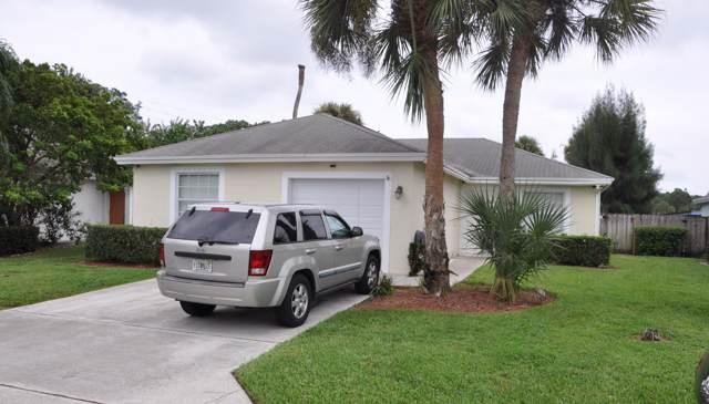 5482 Club Circle, Haverhill, FL 33415 (MLS #RX-10570986) :: Berkshire Hathaway HomeServices EWM Realty
