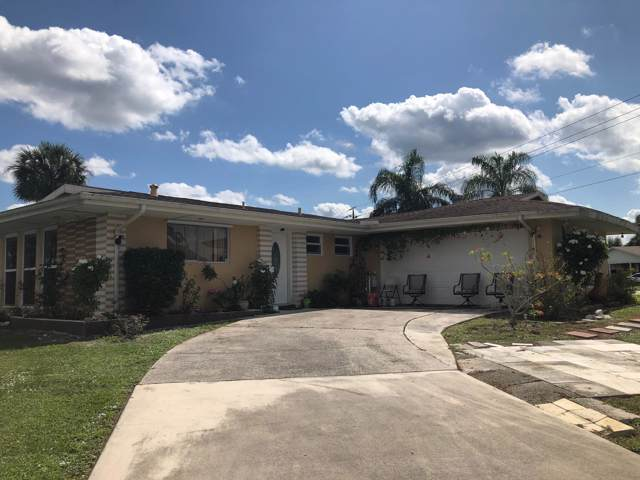 302 SE Verada Avenue N, Port Saint Lucie, FL 34983 (#RX-10571606) :: Ryan Jennings Group