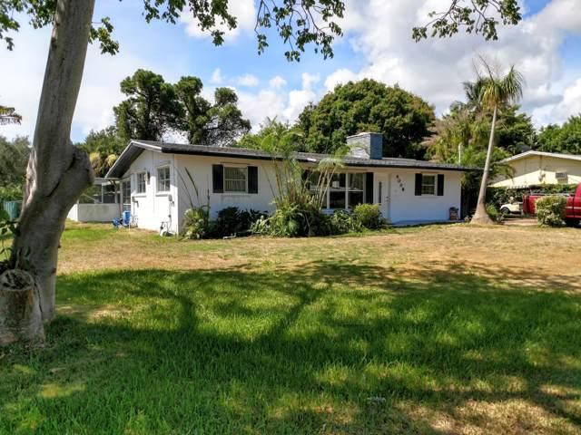 9008 SE Pine Cone Lane, Hobe Sound, FL 33455 (#RX-10571713) :: Ryan Jennings Group