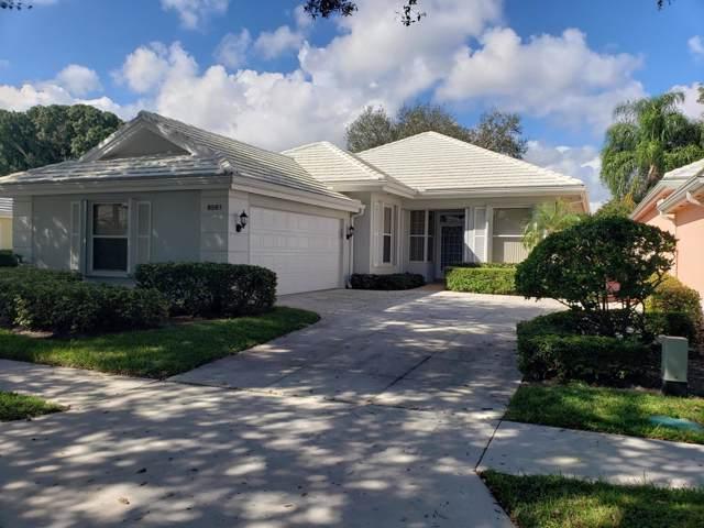 8561 Doverbrook Drive, Palm Beach Gardens, FL 33410 (#RX-10573858) :: Ryan Jennings Group
