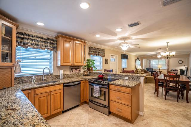852 Meadowlark Lane, Delray Beach, FL 33445 (#RX-10574027) :: Ryan Jennings Group