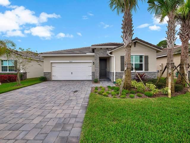 7511 SW Harbor Cove Drive, Stuart, FL 34997 (#RX-10574717) :: Ryan Jennings Group