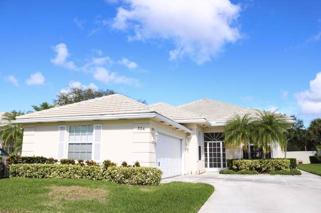 324 NW Bentley Circle, Port Saint Lucie, FL 34986 (MLS #RX-10575188) :: Berkshire Hathaway HomeServices EWM Realty