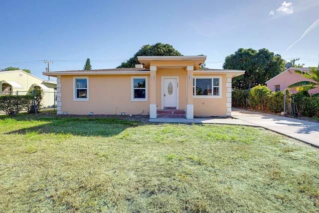 341 W 27th Street, Riviera Beach, FL 33404 (#RX-10575650) :: Ryan Jennings Group