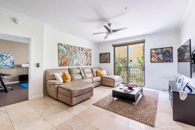 560 S Sapodilla Avenue #303, West Palm Beach, FL 33401 (#RX-10575815) :: Ryan Jennings Group