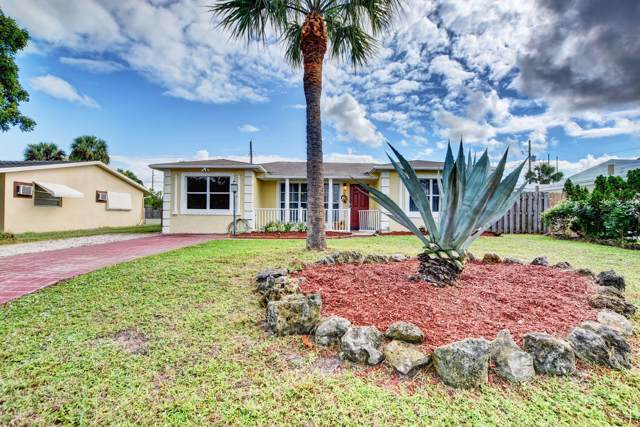 520 Wright Drive, Lake Worth Beach, FL 33461 (MLS #RX-10575996) :: The Jack Coden Group