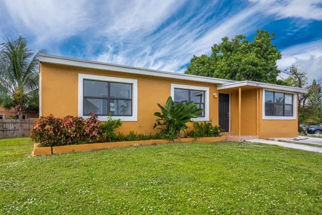 3105 Ocean Parkway, Boynton Beach, FL 33435 (MLS #RX-10576184) :: Laurie Finkelstein Reader Team