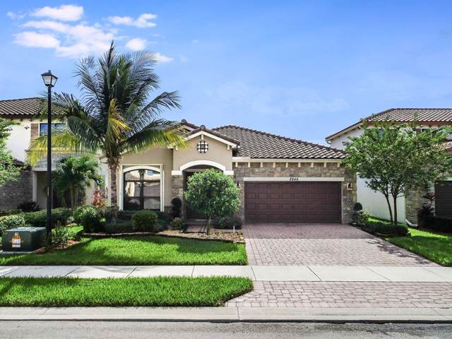 8846 Willow Cove Lane, Lake Worth, FL 33467 (#RX-10577336) :: Weichert, Realtors® - True Quality Service