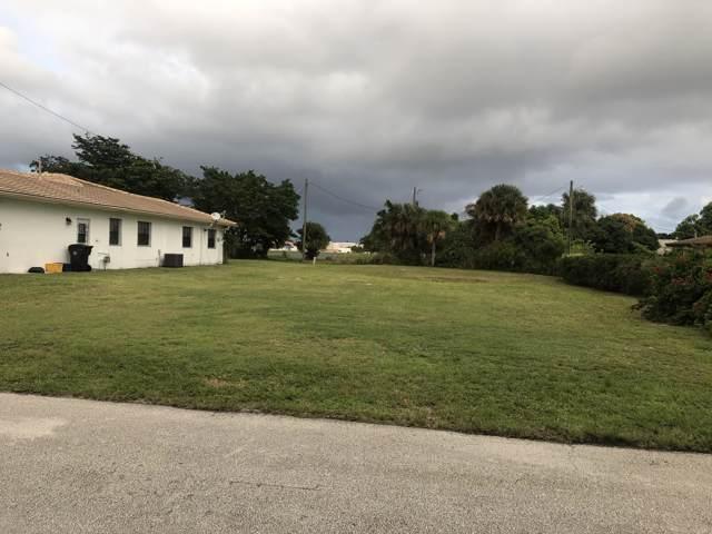 1425 N Mangonia Circle, West Palm Beach, FL 33401 (MLS #RX-10577792) :: Berkshire Hathaway HomeServices EWM Realty