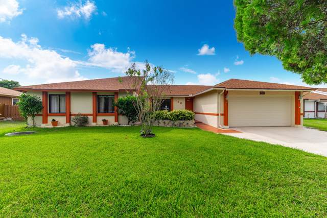 140 SE Lakehurst Drive, Port Saint Lucie, FL 34983 (MLS #RX-10578193) :: Berkshire Hathaway HomeServices EWM Realty