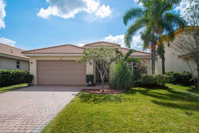 3189 SW Porpoise Circle, Stuart, FL 34997 (MLS #RX-10578276) :: The Nolan Group of RE/MAX Associated Realty