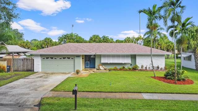 4461 Holly Drive, Palm Beach Gardens, FL 33410 (#RX-10579006) :: Ryan Jennings Group