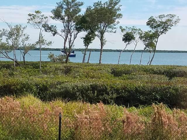 24 Harbour Isle Drive #101, Fort Pierce, FL 34949 (MLS #RX-10579155) :: Berkshire Hathaway HomeServices EWM Realty