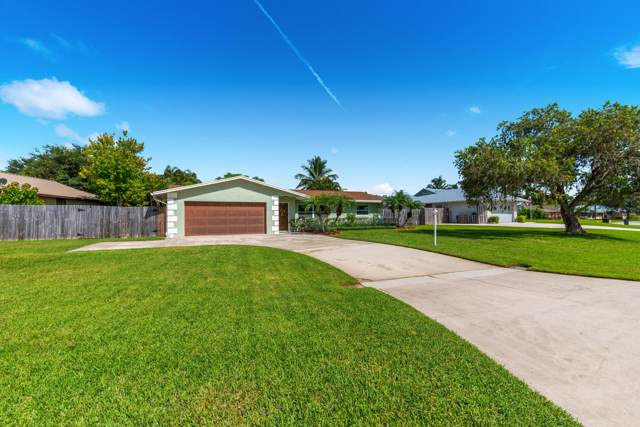 3035 SE Glasgow Drive, Stuart, FL 34997 (MLS #RX-10579249) :: Castelli Real Estate Services
