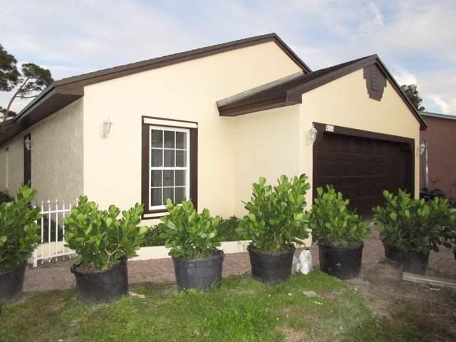 4835 SE Horizon Avenue, Stuart, FL 34997 (#RX-10579427) :: Ryan Jennings Group