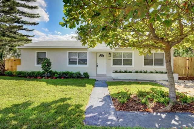 240 NE 22nd Street, Delray Beach, FL 33444 (#RX-10579529) :: Ryan Jennings Group