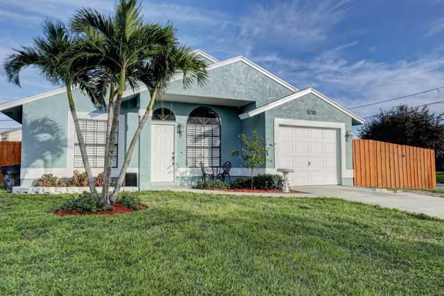 5735 SE Mitzi Lane, Stuart, FL 34997 (#RX-10579772) :: Real Estate Authority