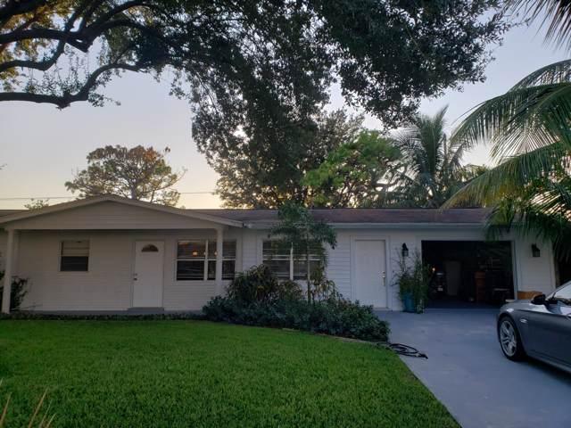 4654 SE Dryfus Avenue, Stuart, FL 34997 (#RX-10579846) :: Real Estate Authority