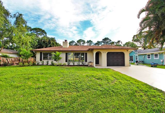 818 SE Damask Avenue, Port Saint Lucie, FL 34983 (#RX-10580099) :: Ryan Jennings Group