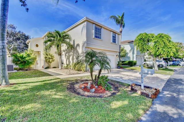 1019 Fairfax Circle W, Boynton Beach, FL 33436 (MLS #RX-10581633) :: Berkshire Hathaway HomeServices EWM Realty